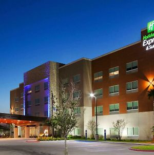 Holiday Inn Express & Suites Edinburg- Mcallen Area, An Ihg Hotel photos Exterior