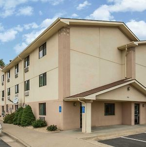 Super 8 By Wyndham Dumfries/Quantico photos Exterior