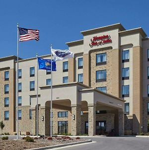 Hampton Inn & Suites Milwaukee/Franklin photos Exterior