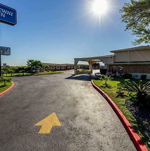 Rodeway Inn At Lackland Afb photos Exterior