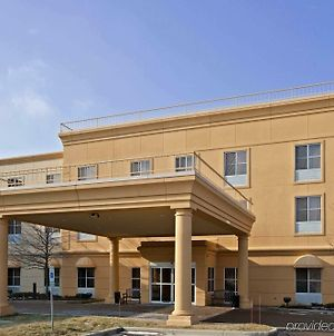 La Quinta Inn & Suites By Wyndham Bannockburn-Deerfield photos Exterior