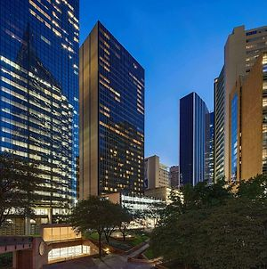 Hilton Garden Inn Downtown Dallas photos Exterior