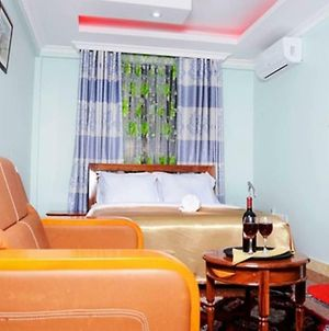 A Wonderful Executive Room Perfect Wail In Arusha. photos Exterior