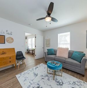 The Little House: Extended Stay In East Nashville: Full Kitchen, Washer & Dryer, Parking photos Exterior