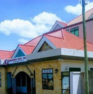This Splendid Exectuive Room Is A Grand Choice Wail In Arusha photos Exterior