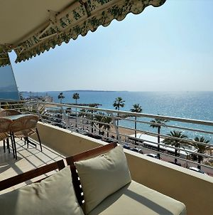 Wonderful Seafront Apartment - 3-Bedroom photos Exterior