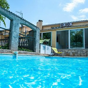 House With 2 Bedrooms In Beziers With Pool Access Furnished Garden And Wifi photos Exterior