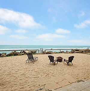 New Listing! Oceanfront Eden With Private Beach Home photos Exterior
