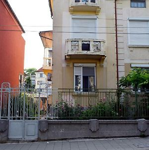 Relax Apartament In Burgas photos Exterior