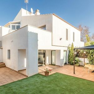 Three-Bedroom Holiday Home In Calafell photos Exterior