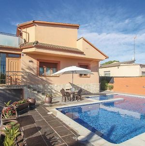 Four Bedroom Holiday Home In Torre De Claramunt photos Exterior