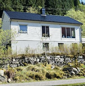 Four Bedroom Holiday Home In Eivindvik photos Exterior