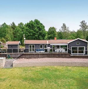 Four Bedroom Holiday Home In Boxholm photos Exterior