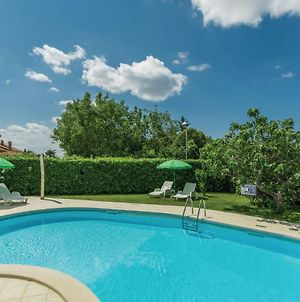 One-Bedroom Apartment In Porec photos Exterior
