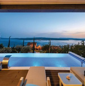 Four Bedroom Holiday Home In Crikvenica photos Exterior