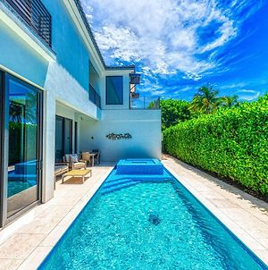 Olde Naples Luxury - Single Family Heated Pool And Spa Home - Walk To The Beach And 5Th Ave S. photos Exterior