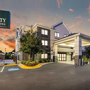 Quality Inn & Suites Augusta I-20 photos Exterior