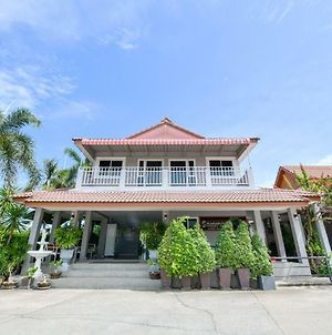 Oyo 245 Sweet Sense Jomtien Resort photos Exterior