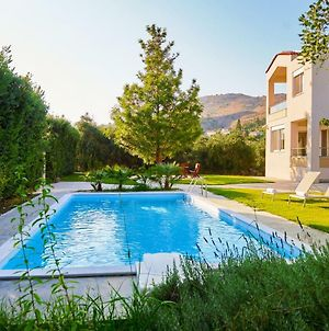 Villa Charma - Wonderful Villa With Private Pool And Garden photos Exterior