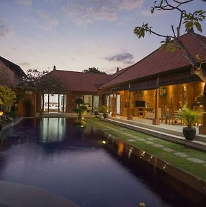 Villa Damai Sanur photos Exterior