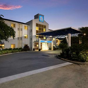 Motel 6 Orlando International Drive photos Exterior