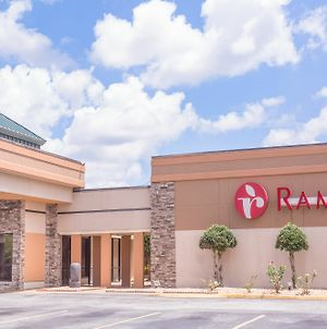 Ramada By Wyndham Macon photos Exterior