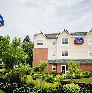 Fairfield Inn And Suites By Marriott Portsmouth Exeter photos Exterior