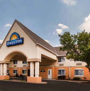 Days Inn By Wyndham Milan Sandusky South photos Exterior