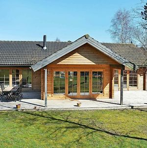 Three-Bedroom Holiday Home In Hadsund 28 photos Exterior
