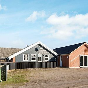 Four-Bedroom Holiday Home In Henne 7 photos Exterior