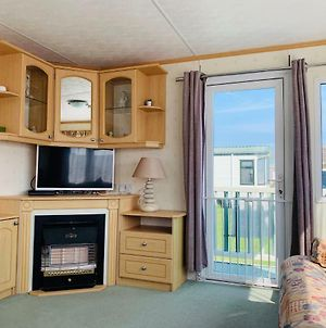 Golden Sands Caravan Hire photos Exterior