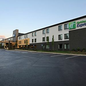 Holiday Inn Express Brentwood South - Cool Springs photos Exterior