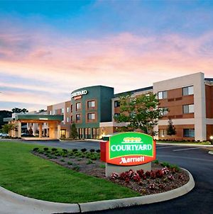 Courtyard By Marriott Troy photos Exterior