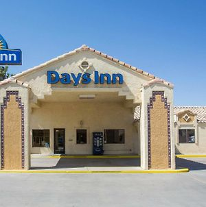 Days Inn By Wyndham Kingman West photos Exterior