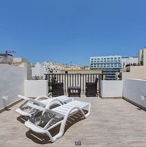 Cosy 1Br Penthouse With Terrace Great Location photos Exterior