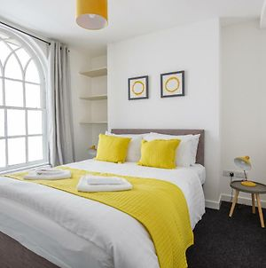 Perfect Pad In The Heart Of The City- Sleeps 8! photos Exterior