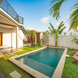 Beautiful Villa Charlotte Echo Beach Canggu photos Exterior
