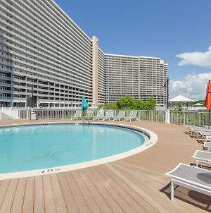 Laketown Wharf Resort By Book That Condo photos Exterior