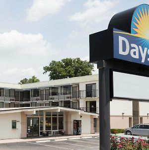 Days Inn By Wyndham Raleigh South photos Exterior