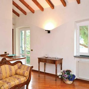 Villa With 3 Bedrooms In Genova, With Wonderful Mountain View, Enclose photos Exterior