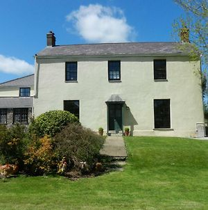 Cilwen Country House Bed And Breakfast photos Exterior