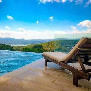 Luxury Villa With Private Infinity Pool photos Exterior