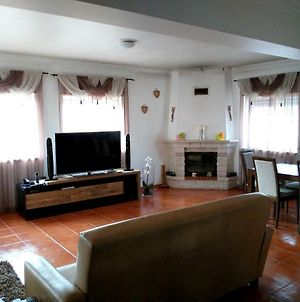 House With 3 Bedrooms In Ferrel With Wonderful City View Enclosed Garden And Wifi photos Exterior