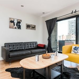 Central 3Br In Downtown Mtl By Sonder photos Exterior
