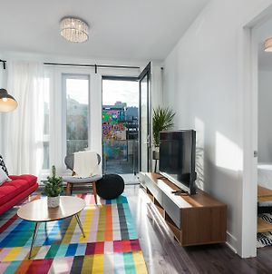 Stunning 2Br On Plateau Mont Royal photos Exterior