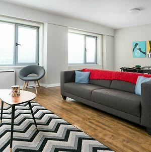 Chic 1Br In Downtown Mtl By Sonder photos Exterior