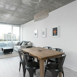 Grand 1Br In Downtown Mtl By Sonder photos Exterior