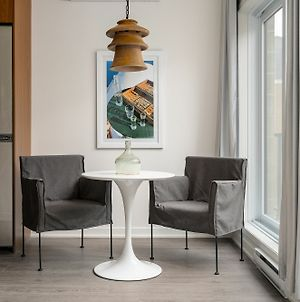 Intimate 1Br In Quartier Des Spectacles By Sonder photos Exterior