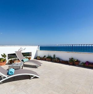 Breathtaking View On Huge Terrace photos Exterior
