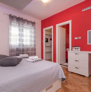 "New 4* Apartment ""Orto"" In The Center Of Trogir photos Exterior"
